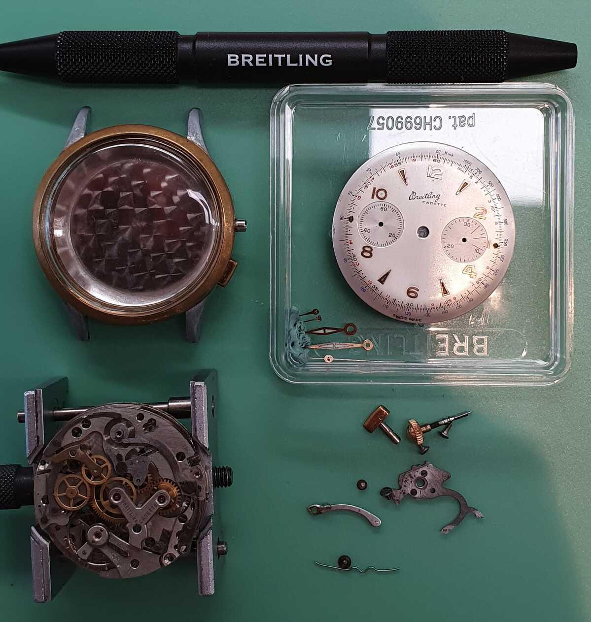 Start van demontage uurwerk